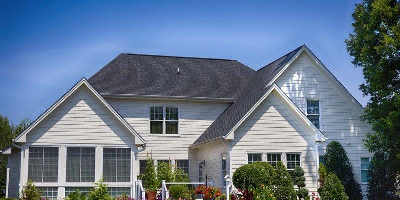 Vendre une maison avec jardin : les pièges à éviter